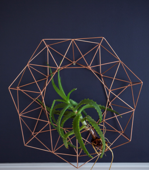 Geometric Wreath Wall Sculpture