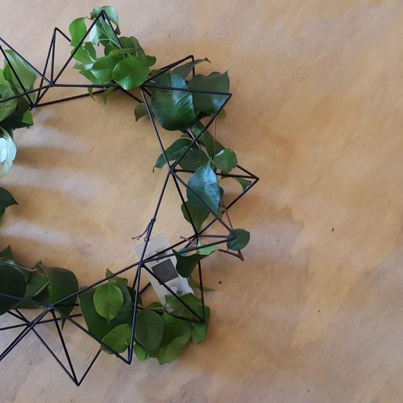 Geometric Wreath II on wood